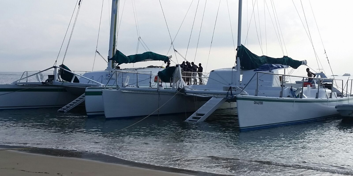 catamaran-001