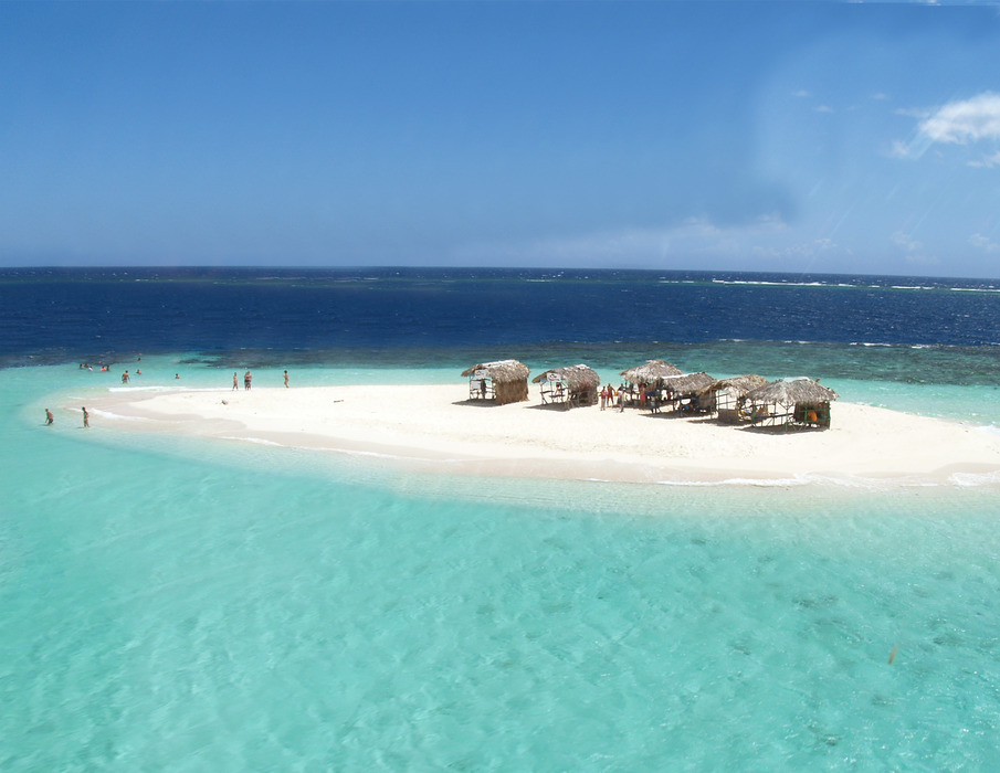 Paradise Island Beach - Marysol Tours